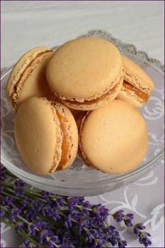 Macarons abricots lavande abricot lavande