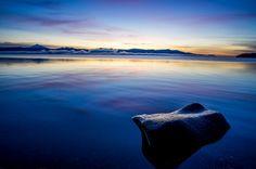 Sunrise on Bellingham Bay. Places In America, Water Waves, Rivers, Lakes, Sunrise, Washington, Earth, Sea, Blue