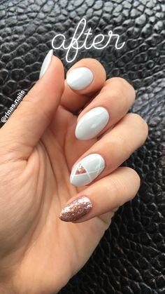 #geometric #nailpro #nails #nailinspiration #rosegold #glitter #grey