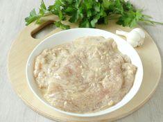 Még lisztbe és tojásba forgatod a rántott húst? Van egy ennél sokkal egyszerűbb módszer! Hungarian Recipes, Health Diet, Hummus, Oatmeal, Food And Drink, Chicken, Breakfast, Ethnic Recipes, Homemade Hummus