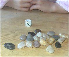 Ett superenkelt spel som tränar taluppfattning och att se talen, samtidigt som det är kul och går ganska fort. En perfekt övning i en... Lego Activities, Fun Activities For Toddlers, Patriotic Crafts, July Crafts, Catapult For Kids, Ladybug Crafts, Summer Crafts For Kids, Stem Projects, Preschool Math