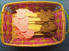 Awesome 3 little pigs craft and puppet props--Read, Sarah, Read!