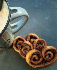 Nutella, Biscuits, Palmiers, Voici, Breakfast, Tableware, Desserts, Food, Quick Recipes