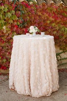 41 Ideas Wedding Table Cloths Blush Linens For 2019 Trendy Wedding, Floral Wedding, Summer Wedding, Wedding Linens, Wedding Dresses, Blush Roses, Cocktail Tables, Romantic Weddings, Wedding Table