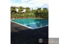 Beautiful villa with heated swimming pool to rent in Forte dei Marmi, Vittoria Apuana, ref534