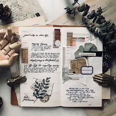 Bullet Journal Books, Bullet Journal Ideas Pages, Bullet Journal Inspiration, Art Journal Pages, Art Journals, Daily Journal, Scrapbook Journal, Journal Layout, Bullet Journal Aesthetic