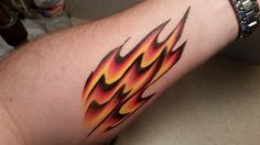 One-Stroke flame design. Arm or face painting Tutorial.                                                                                                                                                                                 More