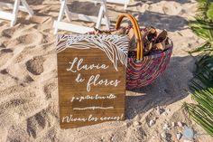 Lluvia flores boda playa / Flower confeti wedding beach. La Boda de Carmen & José Miguel. El Palmar, 24 de septiembre de 2016.