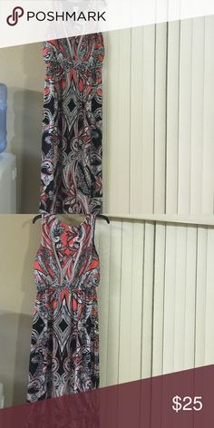 Gently used maxi dress new without tags Black, peach & white maxi dress Dresses Maxi