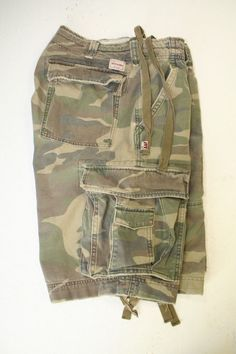 Abercrombie & Fitch 92 1B Green Camo Cargo Shorts Drawstring (Mens 33) 2619 #AbercrombieFitch #CargoShorts #Camo