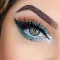 Картинка с тегом «makeup, eyes, and beauty»