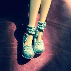 Ever After High, Dolls, Sandals, Shoes, Fashion, Baby Dolls, Moda, Shoes Sandals, Zapatos