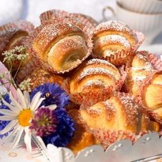 Fika, Tart, French Toast, Muffin, Sweets, Breakfast, Semlor, Desserts, Hand Fans