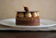 Si vous cherchez encore une idée de dessert pour le 31 et que vous passez le Réveillon en petit comité, pourquoi n'expérimenteriez-vous pas ce dessert ? Commencer les festivités autour d'un apéro et les terminer autour d'un opéra (ah oh oh ah, que je...