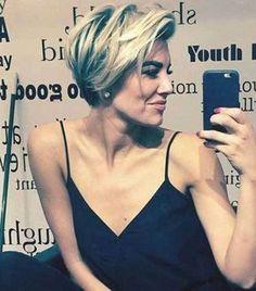 20 Edgy Short Hairstyles and Haircuts: #10. Charissa Thompson Haircut; #charissathompson; #edgy; #shorthair
