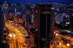 Te presentamos la selección: <<FOTO DEL DÍA>> en Caracas Entre Calles. ============================  F E L I C I D A D E S  >> @andryjons << Visita su galeria ============================ SELECCIÓN @huguito TAG #CCS_EntreCalles ================ Team: @ginamoca @huguito @luisrhostos @mahenriquezm @teresitacc @marianaj19 @floriannabd ================ #Caracas #Venezuela #Increibleccs #Instavenezuela #Gf_Venezuela #GaleriaVzla #Ig_GranCaracas #Ig_Venezuela #IgersMiranda #Great_Captures_Vzla…
