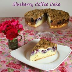 blueberry coffeecake recipe hope it tasts as good as it smells! Waffle Recipes, Cake Recipes, Dessert Recipes, Yummy Treats, Delicious Desserts, Yummy Food, Blueberry Trifle, Raspberry Coffee Cakes, Deserts