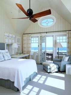 This Pretty Kiawah Island House features the amazing #sleep #sanctuary. Imagine waking up every day to this view with the ocean breeze and all the relax ocean sounds. [www.ilovebettersleep.com]