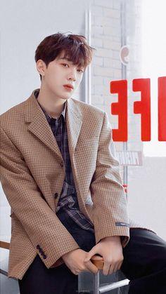 First Boyfriend, Cute Asian Guys, Guan Lin, Lai Guanlin, Kim Jaehwan, K Idol, 3 In One, Kpop Boy, Asian Men
