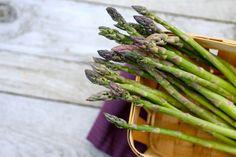 asparagus recipes & asparagus health facts (plus: applause for seasonal eating)