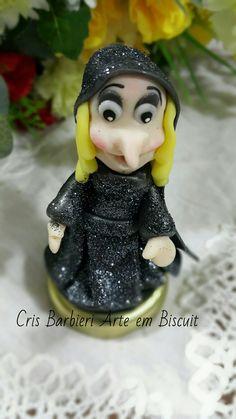Bruxa biscuit  branca de neve