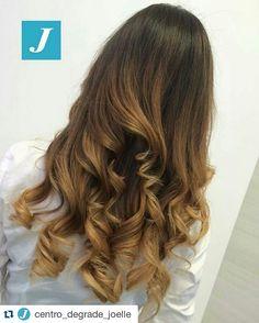 Il segreto di bellezza di molte donne è il Degradé Joelle! #cdj #degradejoelle #tagliopuntearia #degradé #igers #musthave #hair #hairstyle #haircolour #longhair #ootd #hairfashion #madeinitaly #wellastudionyc