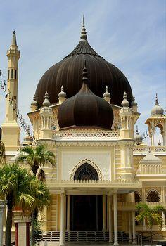 evysinspirations:    Zahir Mosque (by stardex)  Alor Setar, Malaysia