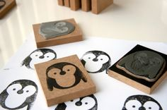 ❄ Penguin Yen ❄ DIY lino print, penguin stamp, by Milo & Ben Crafts To Do, Crafts For Kids, Arts And Crafts, Paper Crafts, Stamp Printing, Screen Printing, Make Your Own Stamp, Stamp Carving, Handmade Stamps