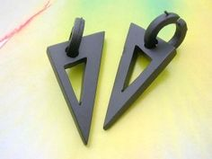 wooden punk style pick earring hoop and triangle dangle - http://www.wholesalesarong.com/blog/wooden-punk-style-pick-earring-hoop-and-triangle-dangle/