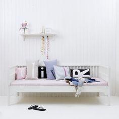 http://www.wohnreich.ch/Betten_Oliver_Furniture.html