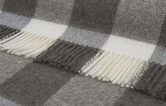 Pure New Wool Checkaboard Design Throw 140x185cms - Wool Tartan Throws 140x180 cms - Shop By Size Sofa Throws