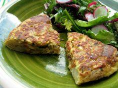 Tortilla de patata, calabacín y restos de espárragos