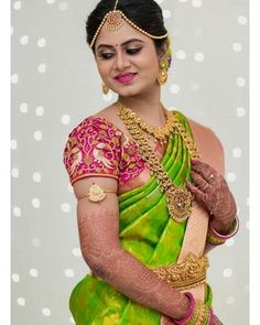 Beautiful Bridal Blouse Designs for South India - Indian Fashion Ideas Bridal Blouse Designs, Saree Blouse Designs, Hindu Bride, Kerala Bride, Indian Bridal Sarees, South Indian Bride Saree, Indian Saris, Bride Indian, South Indian Weddings