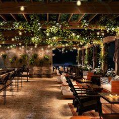 Courtyard Restaurant, Outdoor Restaurant Design, Rooftop Terrace Design, Rooftop Bar, Garden Cafe, Beer Garden, Bistro, Restaurant Interior Design, Cafe Bar
