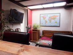 living/comedor del aji hostel en santiago de chile providencia