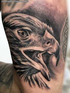 Tatuaje hecho por Azumi de Barcelona (España). Si quieres ponerte en contacto con él para un tatuaje/diseño o ver más trabajos suyos visita su perfil: https://www.zonatattoos.com/azumibcn  Si quieres ver más tatuajes de Águilas visita este otro enlace: https://www.zonatattoos.com/tag/360/tatuajes-de-aguilas  Más sobre la foto: https://www.zonatattoos.com/tatuaje.php?tatuaje=109085