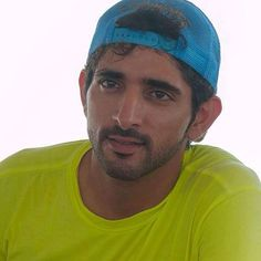 Hamdan MRM - Was mir gefällt - Celebridades Prince Crown, Royal Prince, Dubai, Sheikh Mohammed, Love You Very Much, Arab Men, Handsome Prince, My Prince Charming, Queen Elizabeth Ii