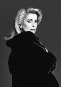 Catherine Deneuve for Blackglama, 1989 (part of the 'What Becomes a Legend Most?' advertising campaign). Photo: Richard Avedon.