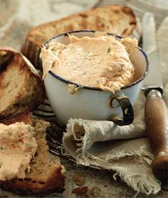 Snoek Pâté: 250g braaied/smoked snoek deboned/deskinned & flaked; In bowl, add flaked snoek, juice of half lemon, 1 tub plain cream cheese; 2 tots mayo, 1/2 tot each parsley & chives , finely chopped. Mix with fork til smooth and spreadable paste. Taste & add s & p as necessary. Best served on warm toast or on roosterkoek.
