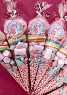 Einhorn Party Favor This idea is great for our next unicorn party! Since all unicorn party guests are sure to be happy Thank you for your b … - Unicorn Themed Birthday Party, Unicorn Birthday Parties, Birthday Party Decorations, First Birthday Parties, Girl Birthday, First Birthdays, Unicorn Party Favours, Birthday Ideas, 7th Birthday Party For Girls Themes