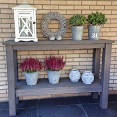 My repository of great ideas that I want to use in my house. Backyard Retreat, Backyard Patio, Farmhouse Furniture, Rustic Furniture, Porch Garden, Home And Garden, Brick Wall Decor, Deck Decorating, Cabins And Cottages