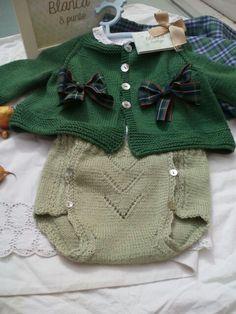 Conjunto en lana, 6 meses de blancaypunto