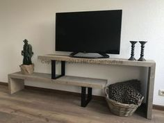 Wood industrial TV furniture, the Steigerhouthuisfurniture Loft Furniture, Furniture Styles, Living Room Furniture, Luxury Furniture, Diy Projects Apartment, Apartment Decorating On A Budget, Living Room Tv, Home And Living, Diy Home Decor