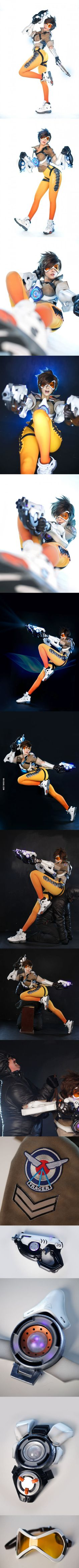 Tasha and her dead-on Tracer Cosplay