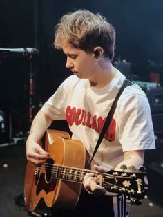 Conor Mason :: Nothing but Thieves