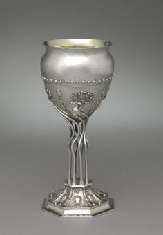 American sterling silver Art Nouveau style vase - by Theodore B. Starr, New York, c1900 (Cleveland Museum of Art)
