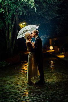 Rain is the new sun! See more at www.endlichbilder.de #rain #wedding #flash #weddingphotography