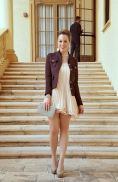 Chic Fashion World. Love the chic, simple dress with a fun jacket/blazer