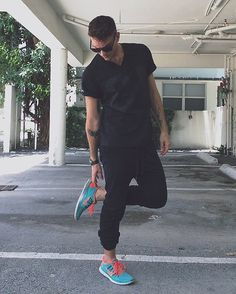 I have these exact shoes! Finally found a way to wear it besides for gym <3