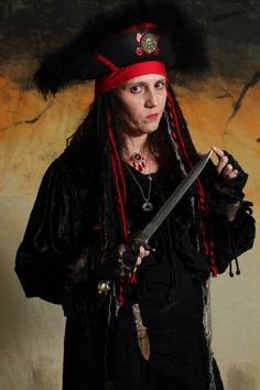 pirate women nude picture